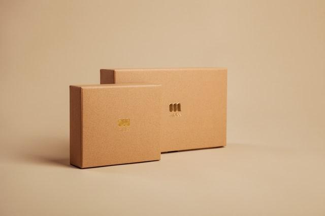 กล่องพัสดุ